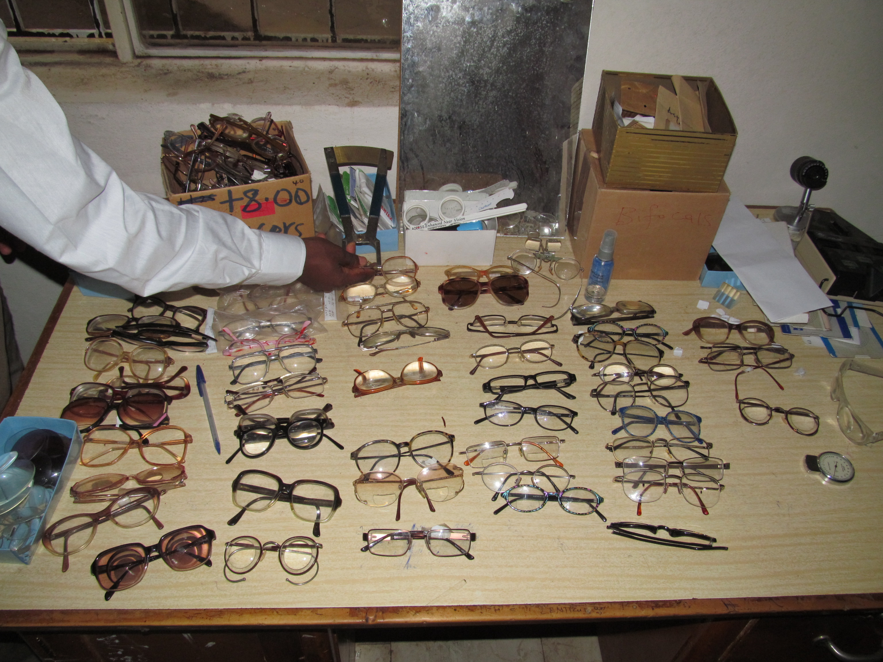 Glasses donated for hands-on student learning at the Department of Optometry