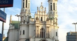 A large, white catherdral