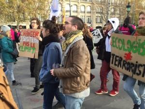 Mini-march at Place de Republique