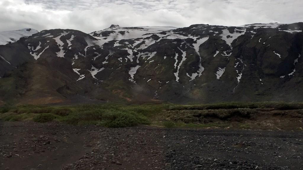 Mýrdalsjökull glacier at Þórsmörk