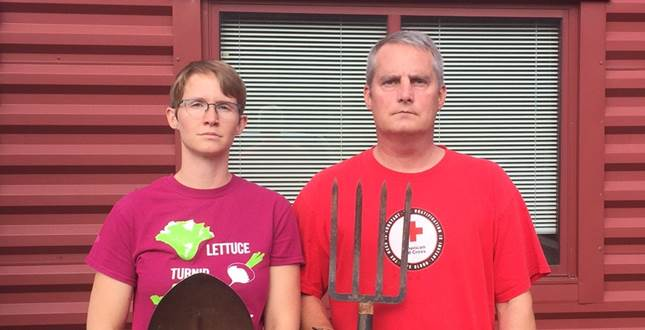 cropped american gothic