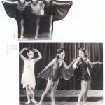 Li Lili, Wang Renmei, and Hu Jia performing