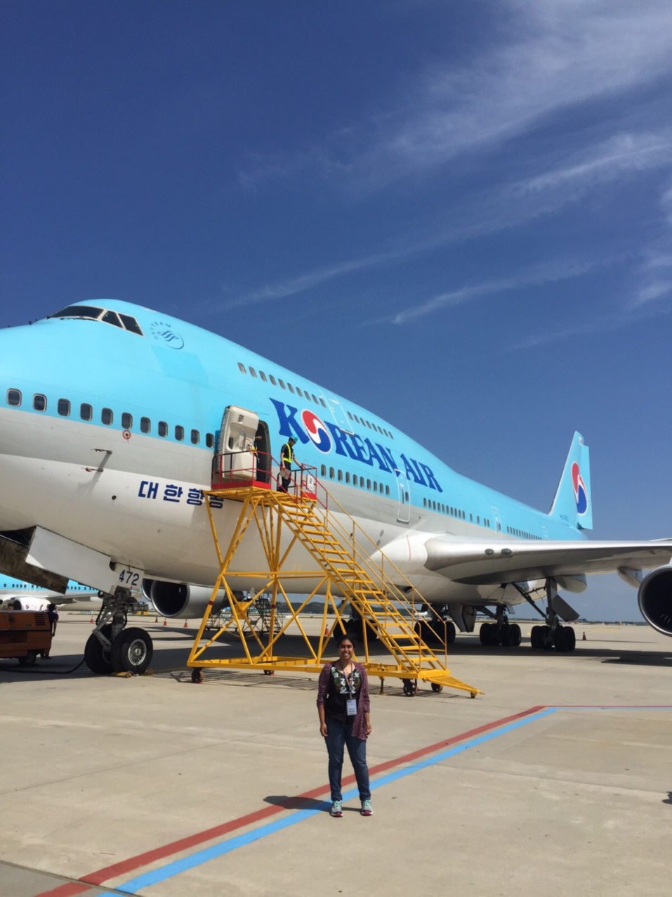 At Incheon International Airport in front of a Korean Air 737