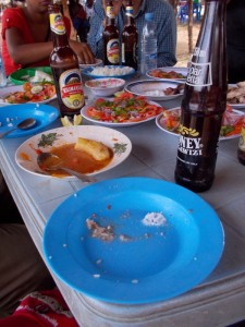 You can eat delicious food at the Maasai market.