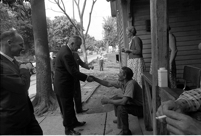 President Johnson on his 1964 poverty tour. (Cecil Saughton/Public Domain/Wikimedia Commons)