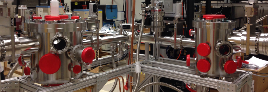 State-of-the-art deposition system - molecular beam epitaxy meets sputtering