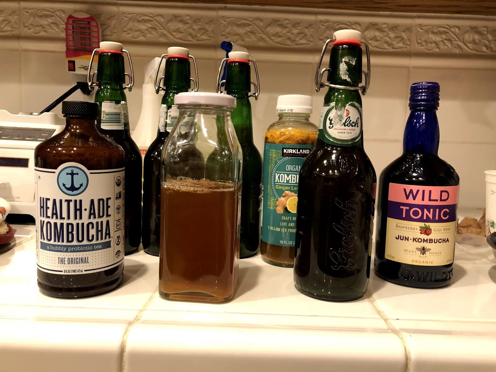 All ingredients required for the second kombucha fermentation.