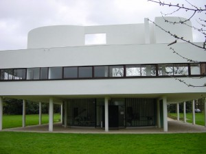 Villa Savoye Location: Poissy, Paris, France Architect: Le Corbusier Photo by: Timothy Brown