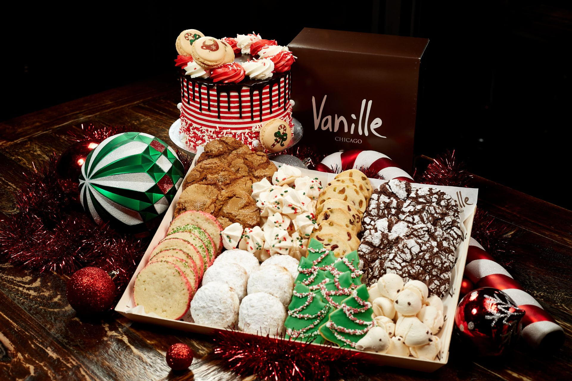 Harper Court's Vanille Patisserie Offers Tempting Variety of Holiday Sweets – 53rd Street