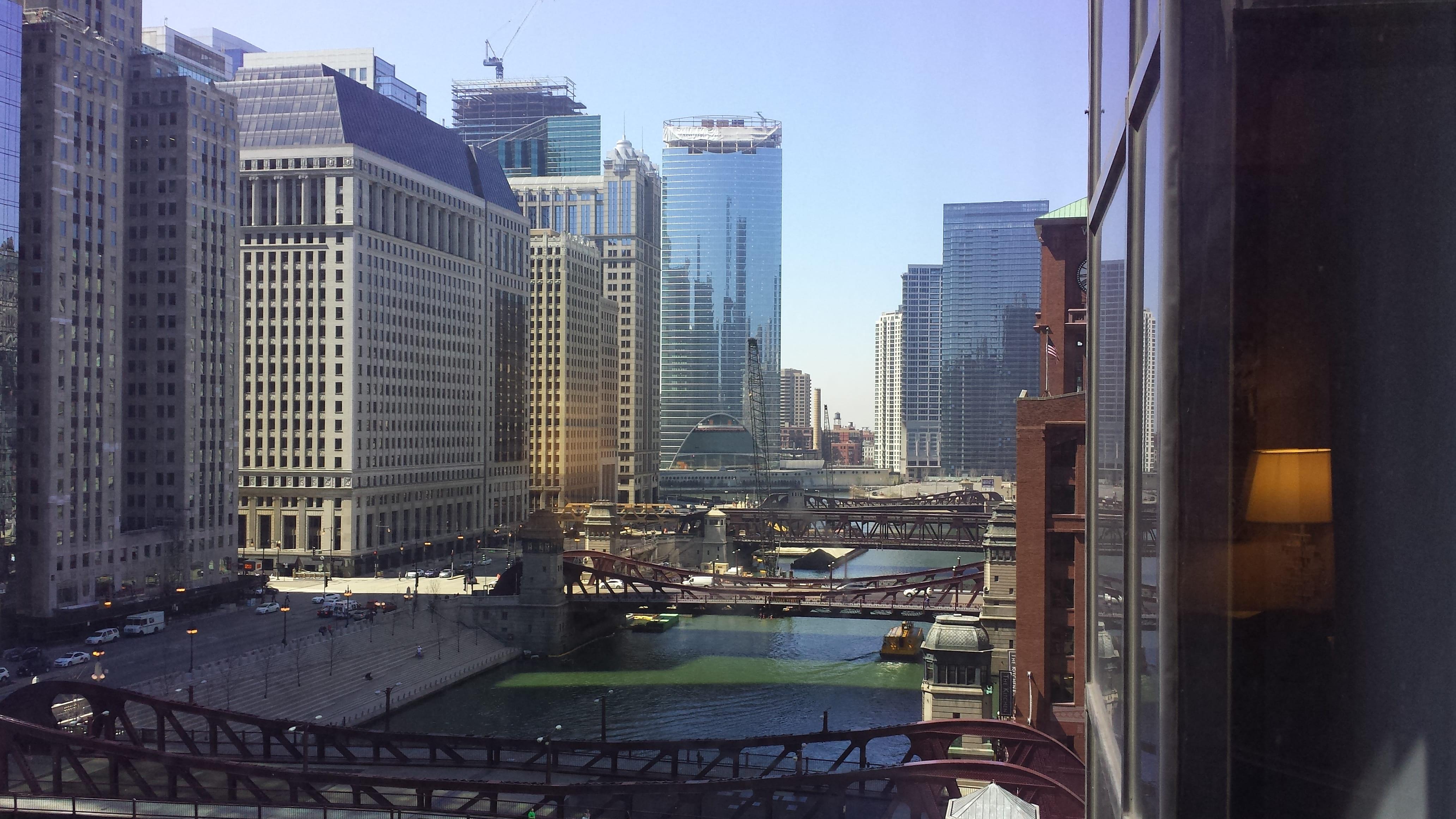 City of Chicago river skyline