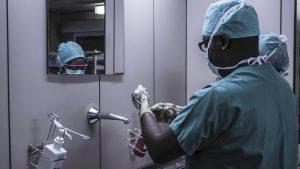 surgeon washing their hands