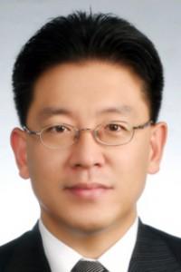 lab-fellow-joongback-kim-cropped