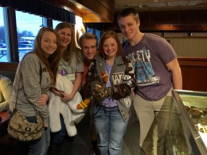 Holding the lucky lobster! From L: Hailey Vestal, Emily Mitchell, Brett Morgan, Paige Bagley, Cameron Marlow