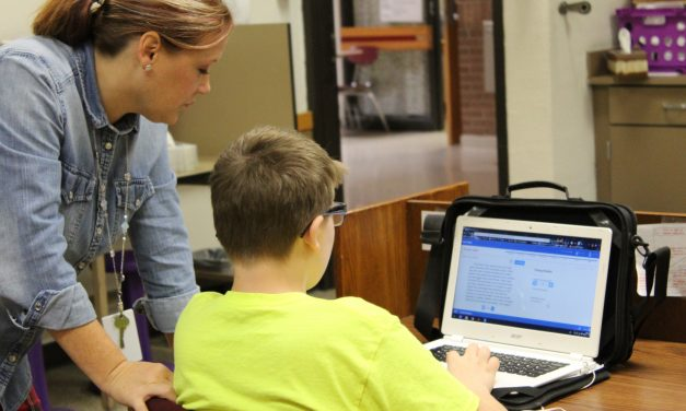 Redden Helps Students Become Passionate About Learning