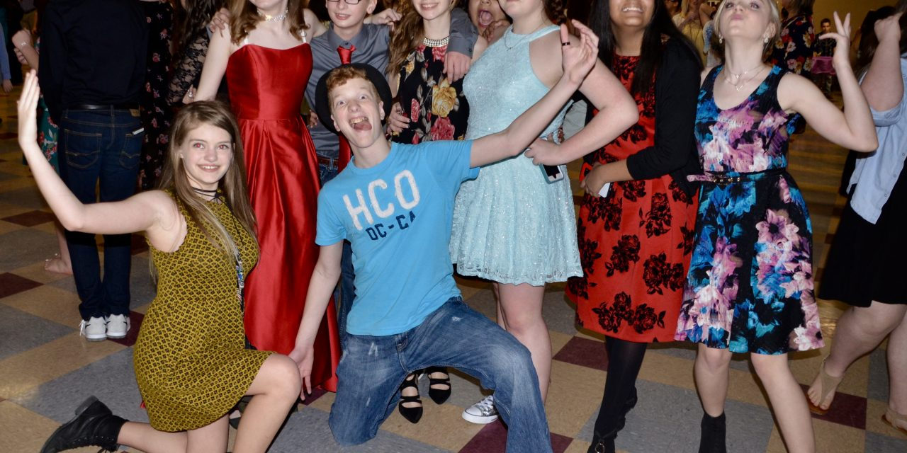 Students Dance the Night Away at Spring Fling