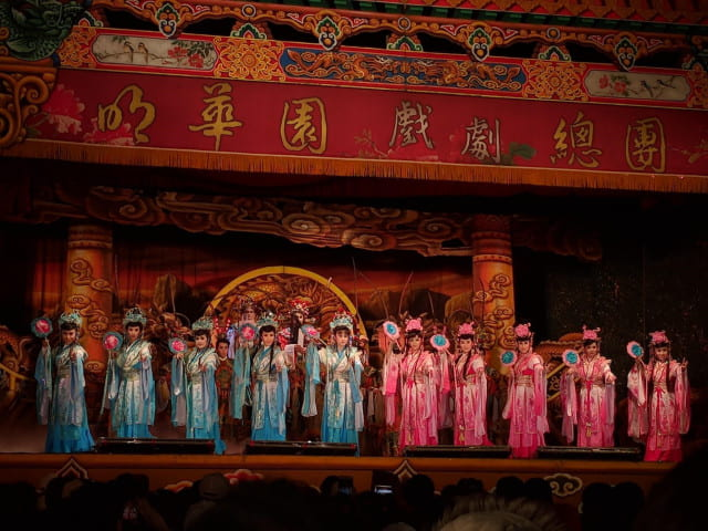 Introduction of Lotus girls