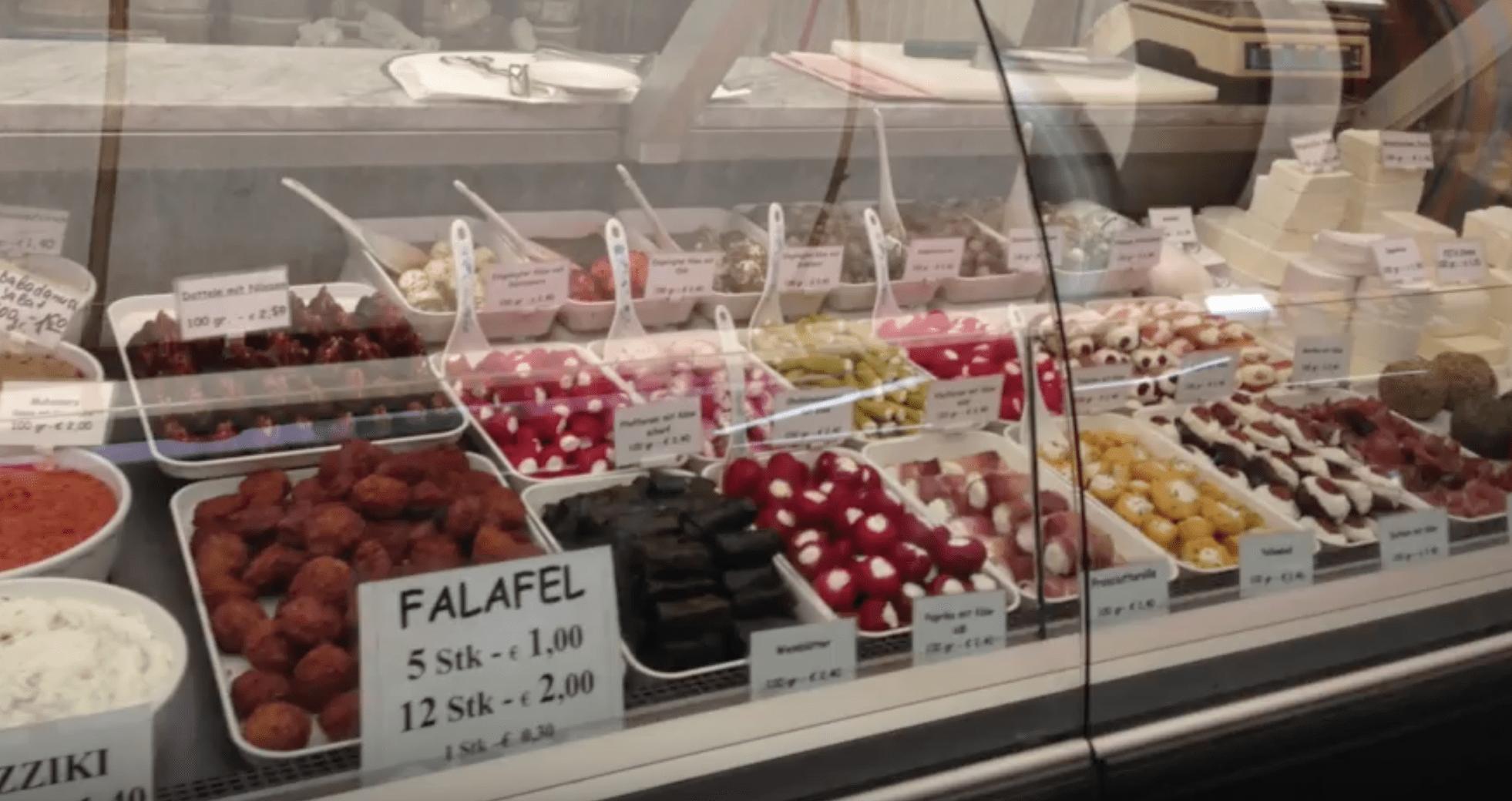 deli food display