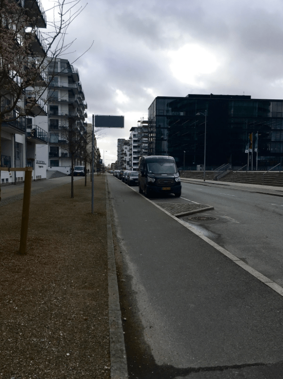An example of the typical road layout in Copenhagen.