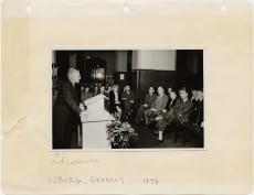 Karl Loewenstein lecturing in Koberg, 1948