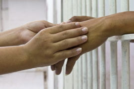Kids' health suffers when parents go to jail