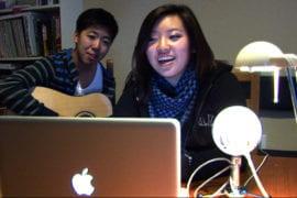 Online singing sensation
