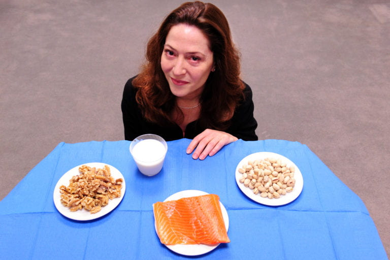 Pediatrician leads UCI effort to treat children's food allergies