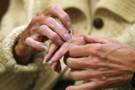 Holiday visits can reveal decline in aging relatives