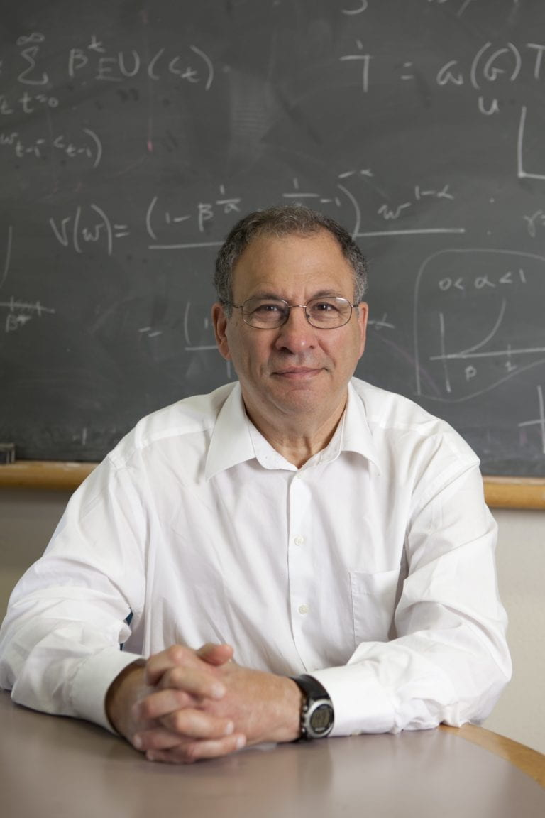 Visiting Distinguished Professor Simon Levin to receive National Medal of Science
