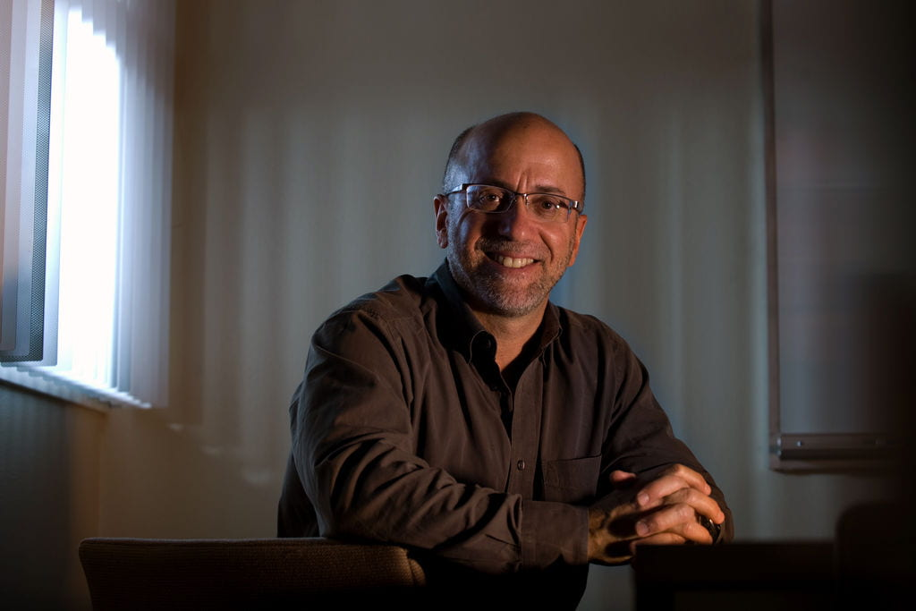 David Neumark, Chancellor's Professor of Economics at UCI, will lead Economic Self-Sufficiency Policy Research Institute to study, analyze and stimulate debate on state and local economic policies that encourage economic self-sufficiency.  Steve Zylius / UCI
