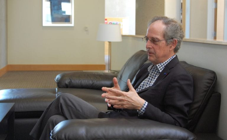 UCI epigenetics center hosts Saudi university president