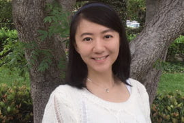 Di Xu shares $5,000 award for best academic paper