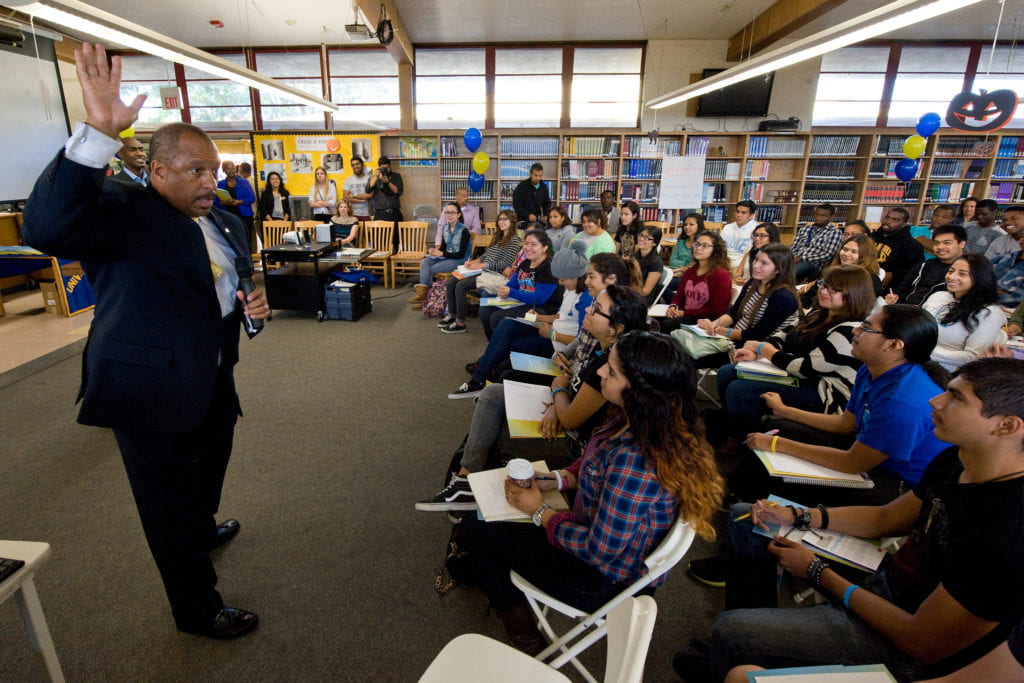 UCI joins alliance to expand opportunities for low-income students