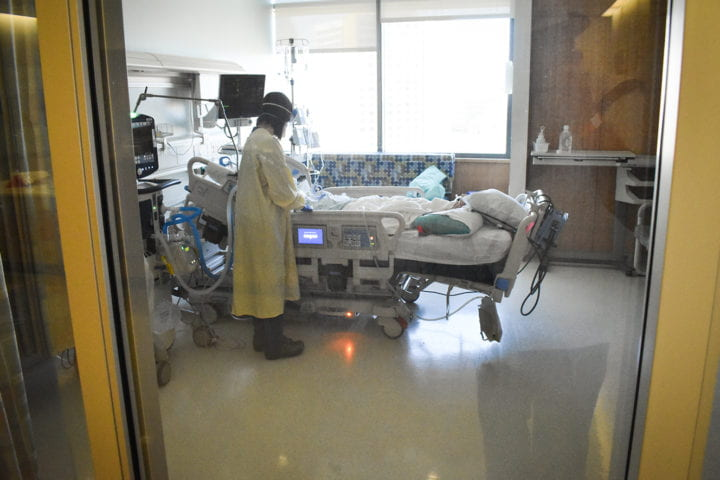 Tu Foundation gives $2.5 million to UCI to support COVID-19 patient care, research