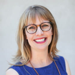 Assistant professor of education receives Community Outcomes and Impact Award