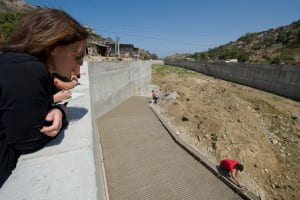 Goodrich and other UCI staff and students tour sites in the Tijuana River National Estuarine Research Reserve and in the city of Tijuana as part of a study on flooding and sediment relocation. Steve Zylius / UC Irvine
