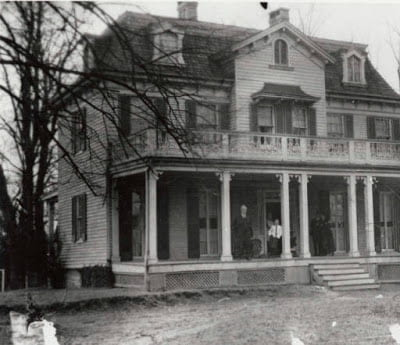 The Allen house serving as Caretaker's Cottage in 1917.