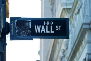 640px-Wall_Street_Sign_(1-9)