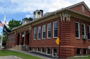 Charlton-City-Hall