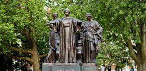 University of Illinois statue