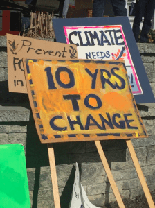UMF Students Rally Support to Fight Climate Change