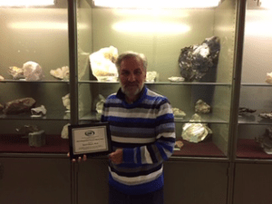UMF Geology Professor Earns National Undergraduate Research Mentor Award