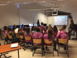 Silvia Tolisano en videoconferencia con los alumnos de 6D