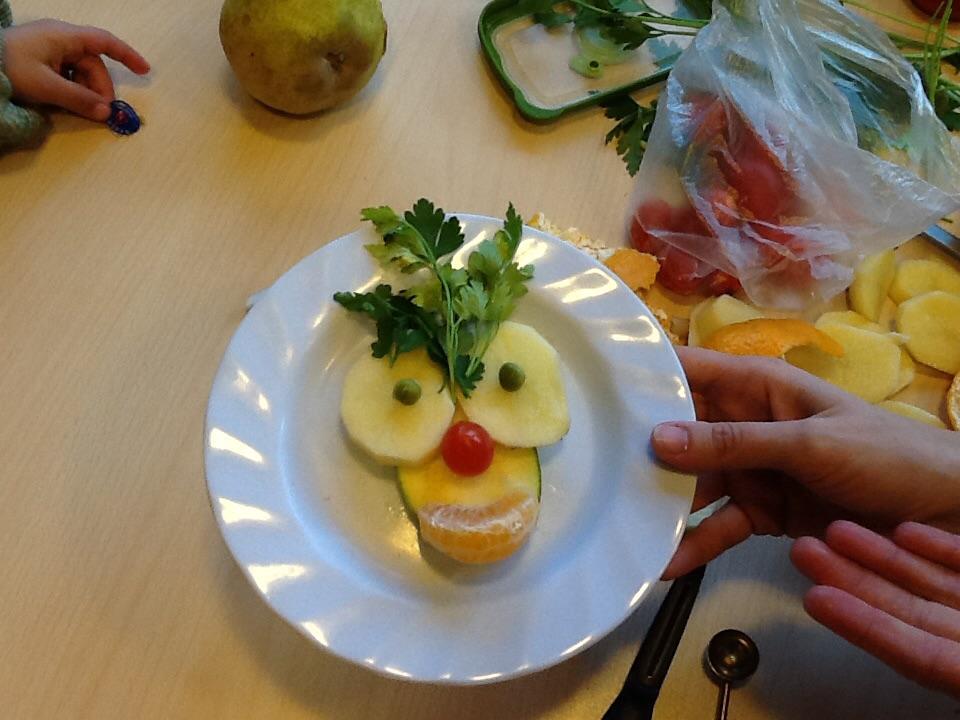 Proyecto con frutas y verduras kindergartenblog cristina for Decoracion con verduras