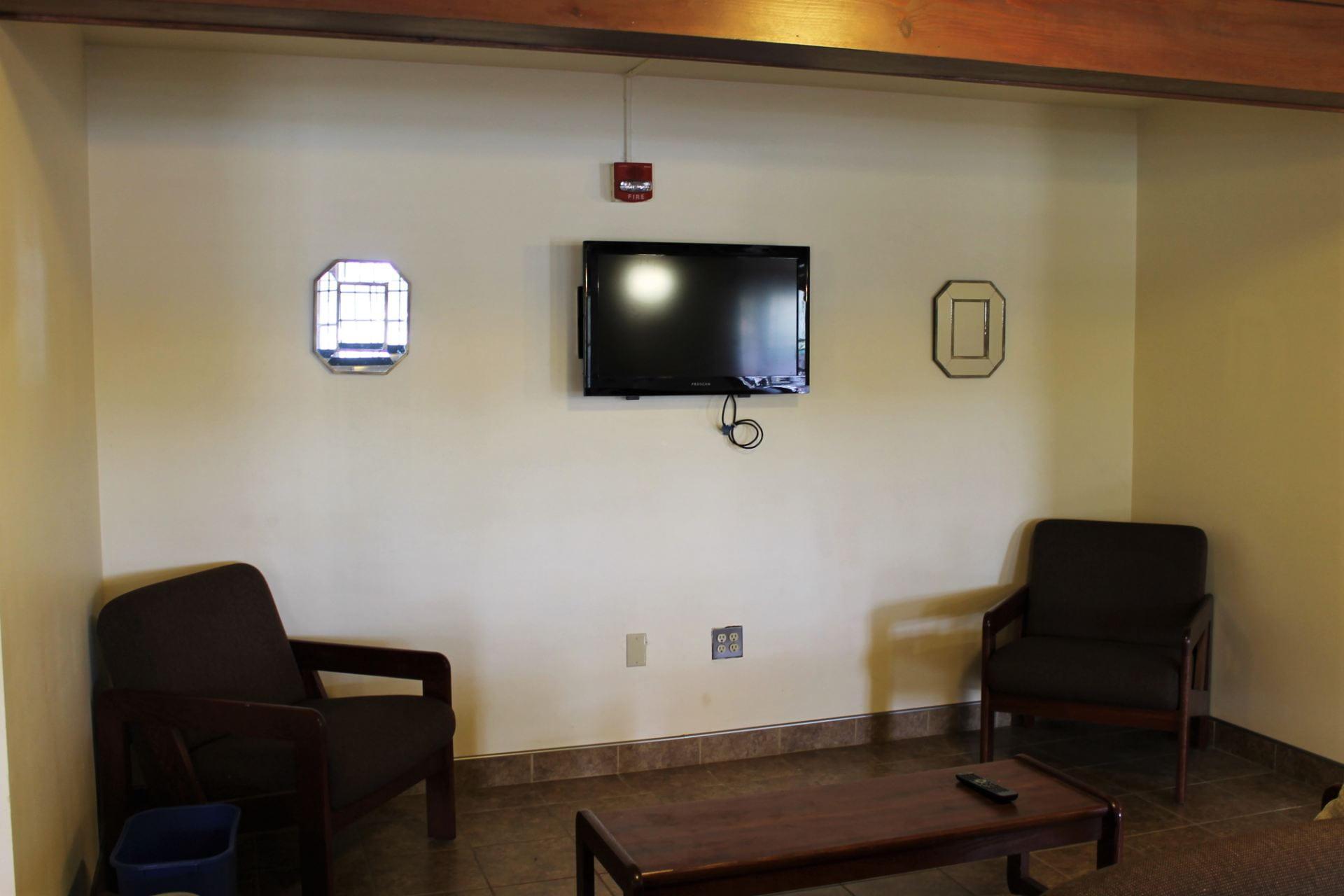 Hillside Lounge