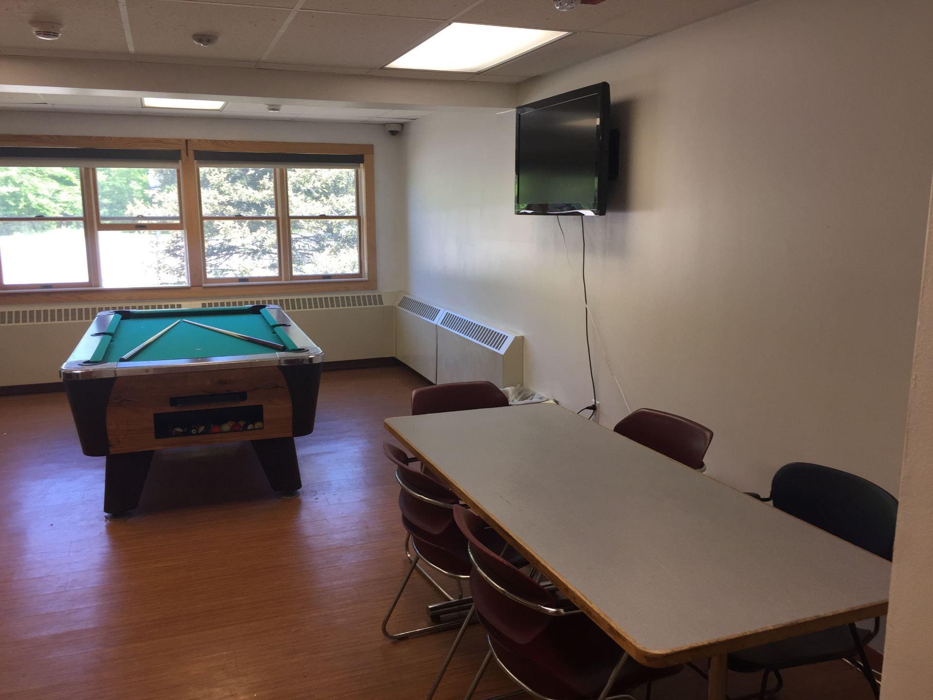 Saratoga Lounge Space