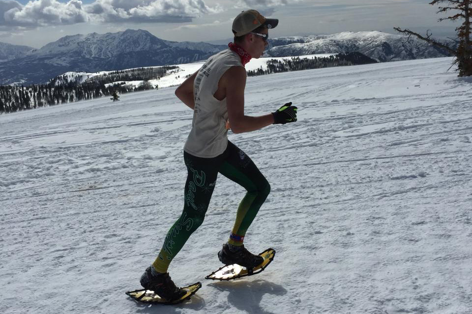Two students win national snowshoe titles