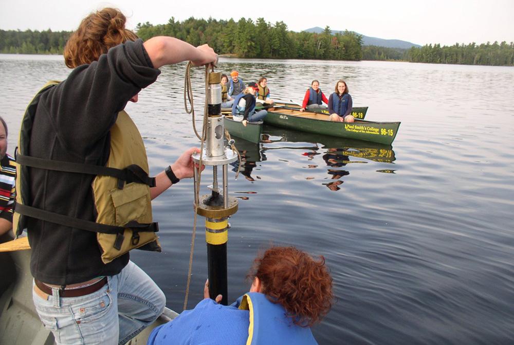 Obtaining a sediment core sample